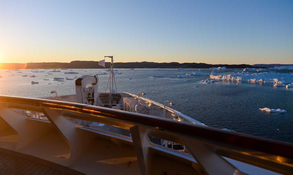 PON_3_PON_RTD_Disko-Bay-sailing