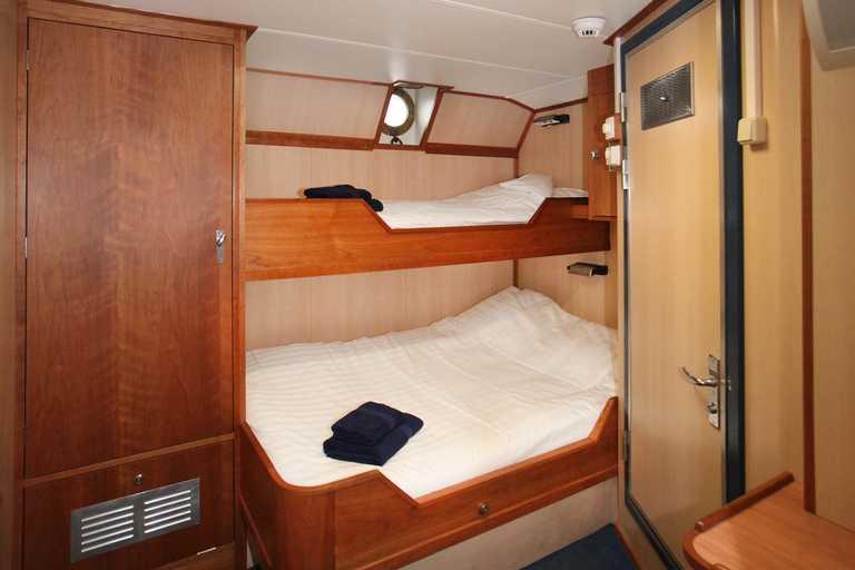 OCE_3_OCE_RDT_NoordRembrandTriple cabin