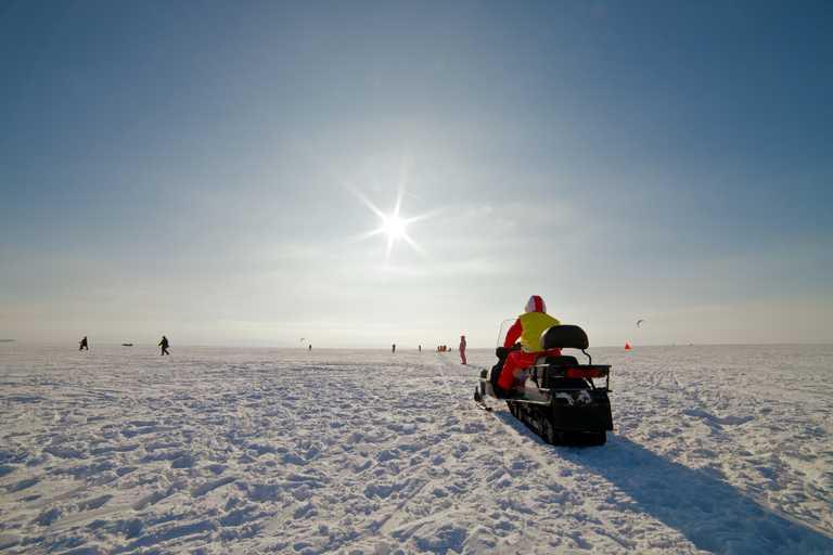 shu_3_shu_rdt_snowmobilelandscape